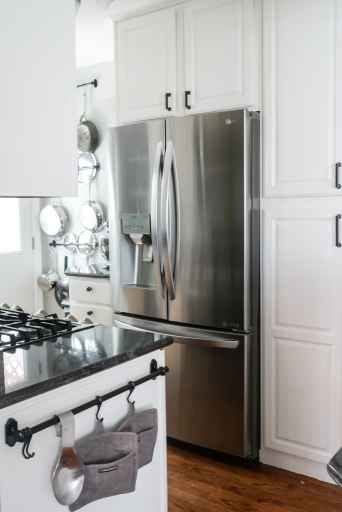 painted kitchen cabinets with updated hardware