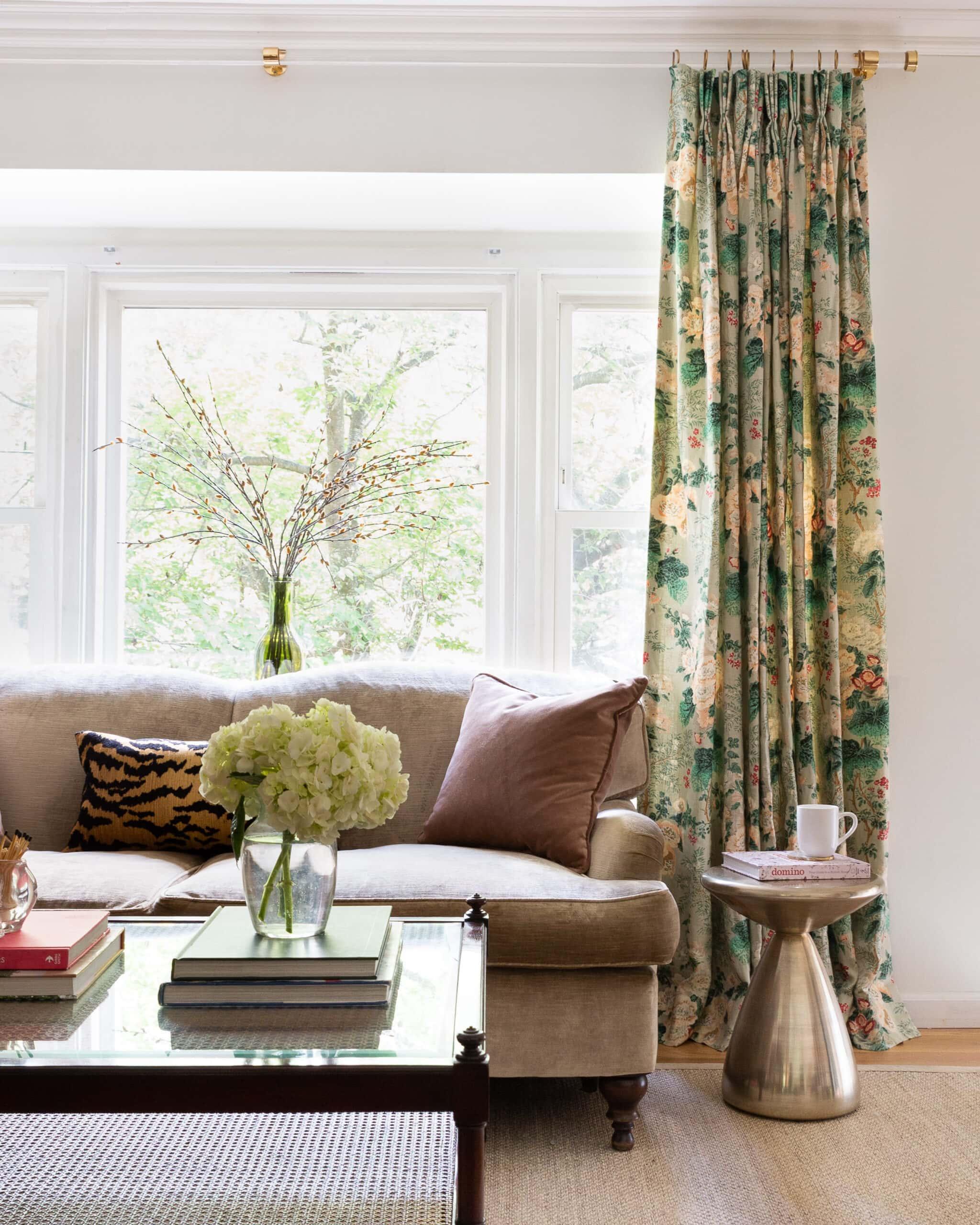 diy custom lucite curtain or towel rod
