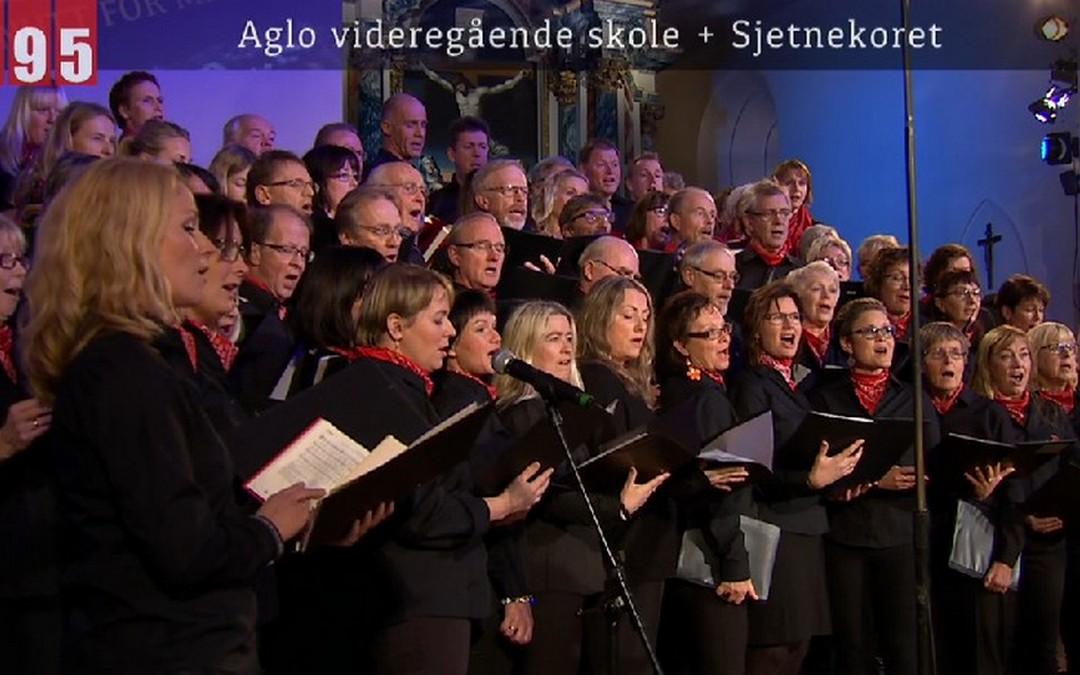 Aglo-koret (2014) synger påskesalmer