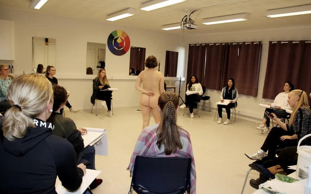 Workshop med akttegning