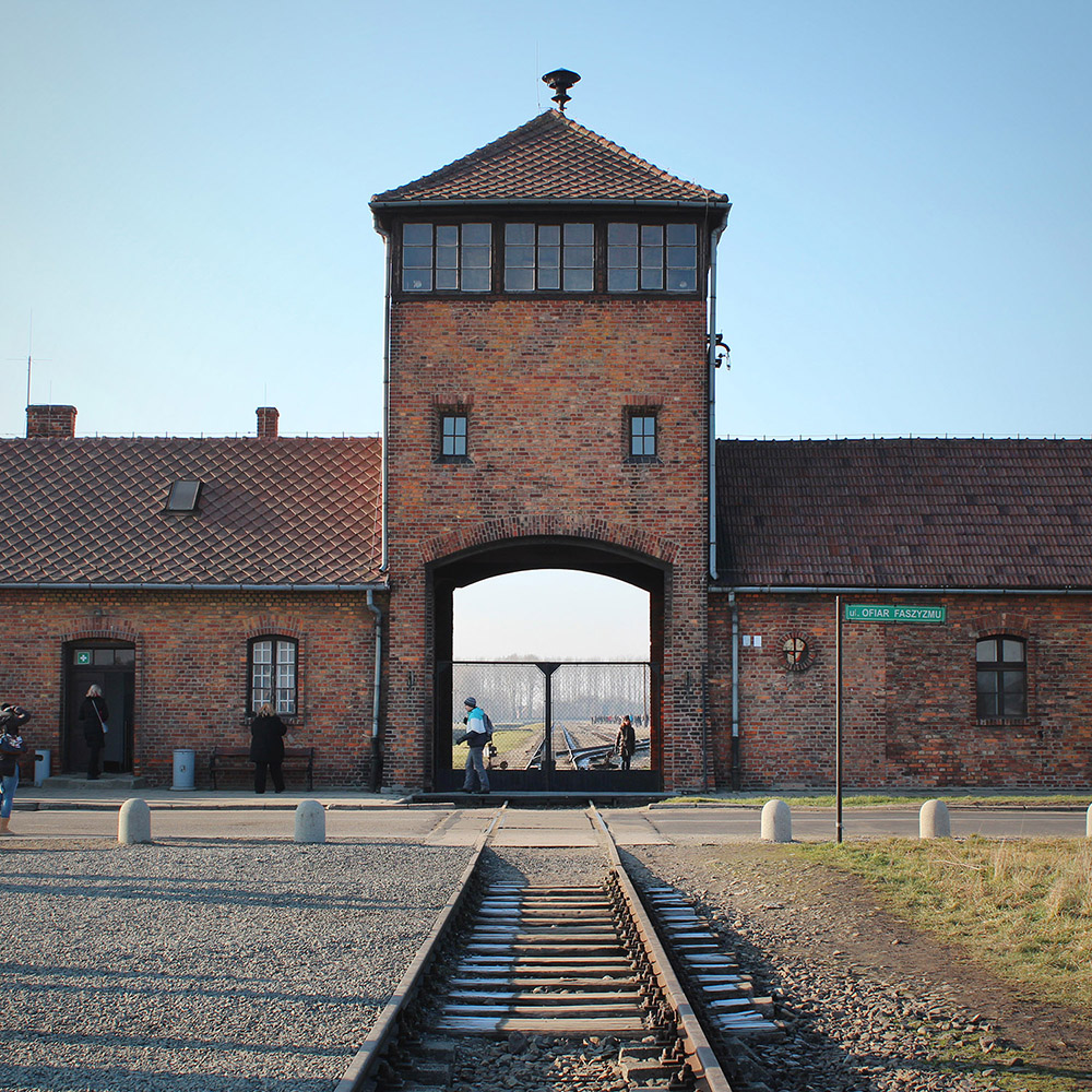 Haunting images of the Auschwitz Death Camp / A Globe Well Travelled