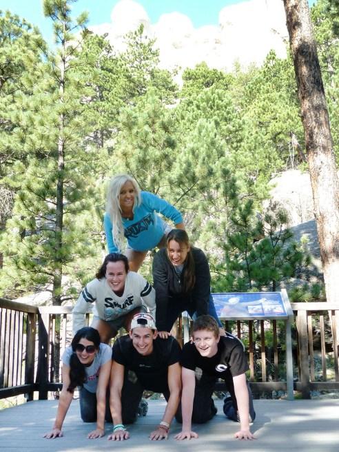Contiki tour at Mt Rushmore, USA