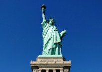 How to see the Statue of Liberty from Manhattan