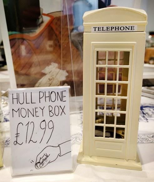 Hull telephone box souvenir