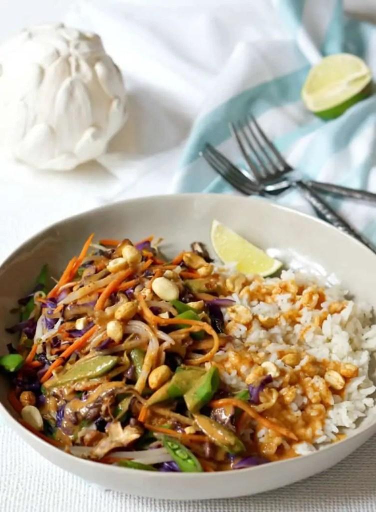 Yummy Thai Peanut Veggie Rice Bowls