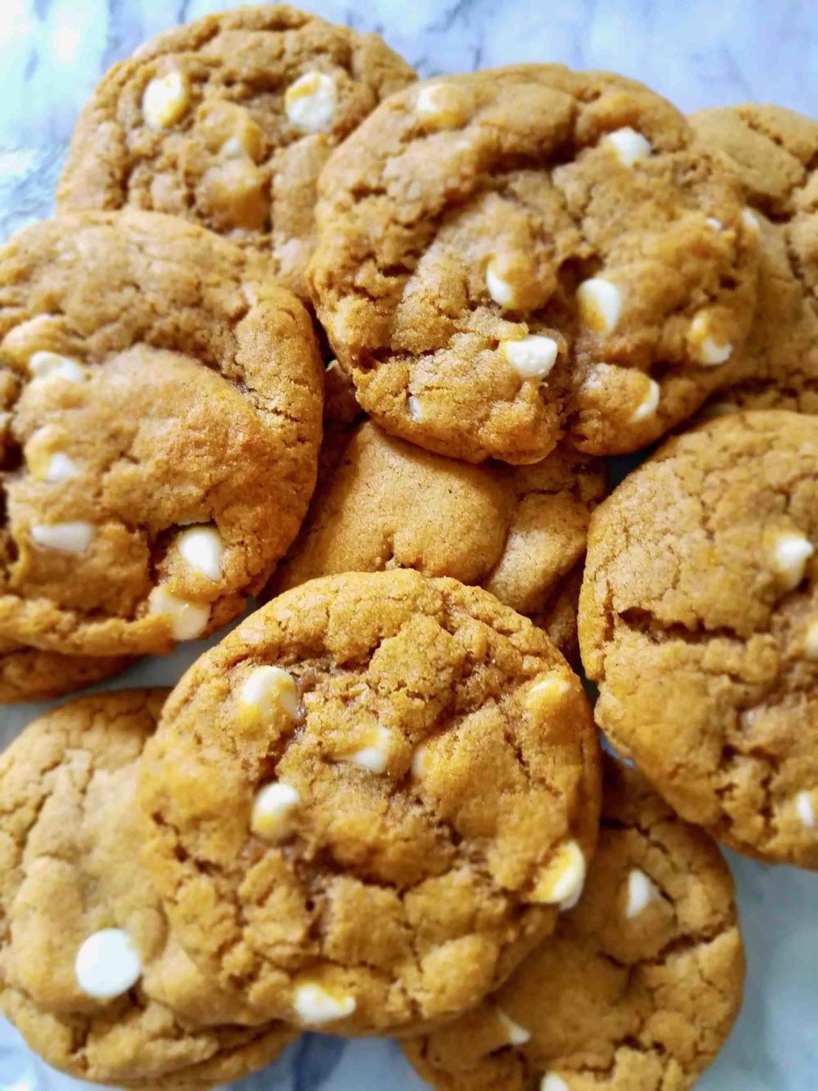 Chewy Pumpkin White Chocolate Chip Cookies