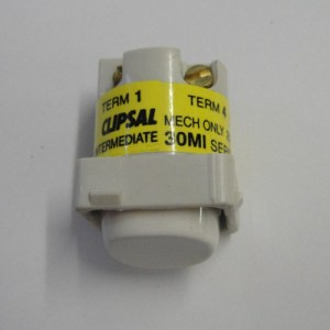 Clipsal 10amp Intermediate Switch Mech  White