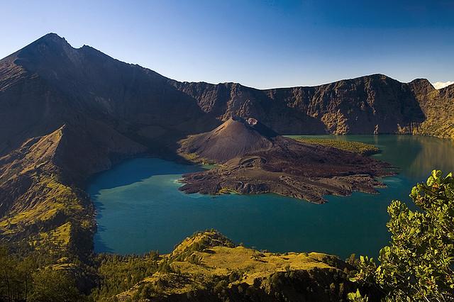 Gunung Api Terindah di Indonesia  GEO WEBCLASS
