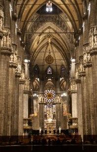 Main-arcade-Duomo-Milan