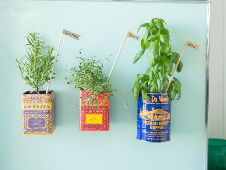 magntic herb garden