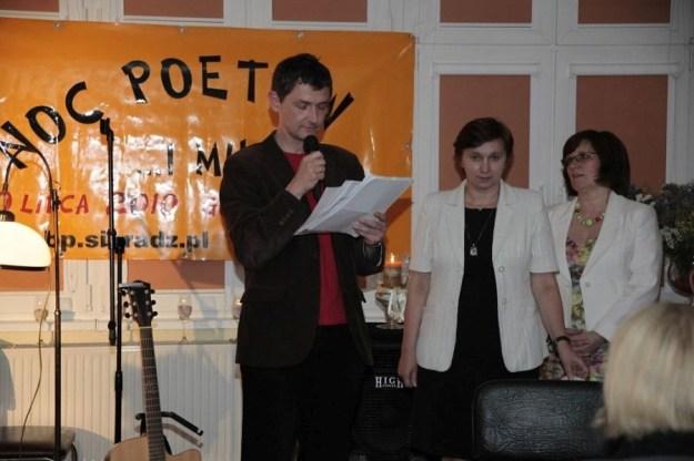 noc poetów