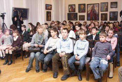 Открытие IV Всероссийской выставки-конкурса детских работ «Объединенные Космосом»