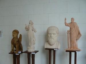 4 В Ливадийском дворце презентовали скульптуры киевского мастера