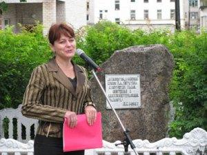 2 Директор бологовской детской художественной школы Надежда Михайловна Скляр