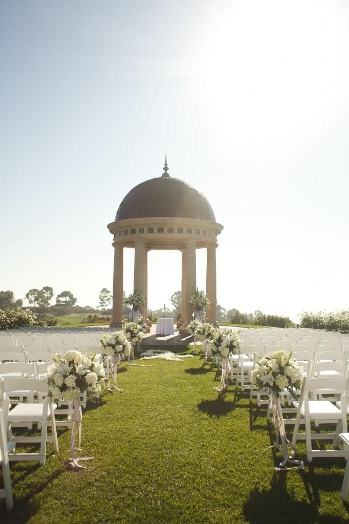 A Classic Wedding at The Resort at Pelican Hill, Newport