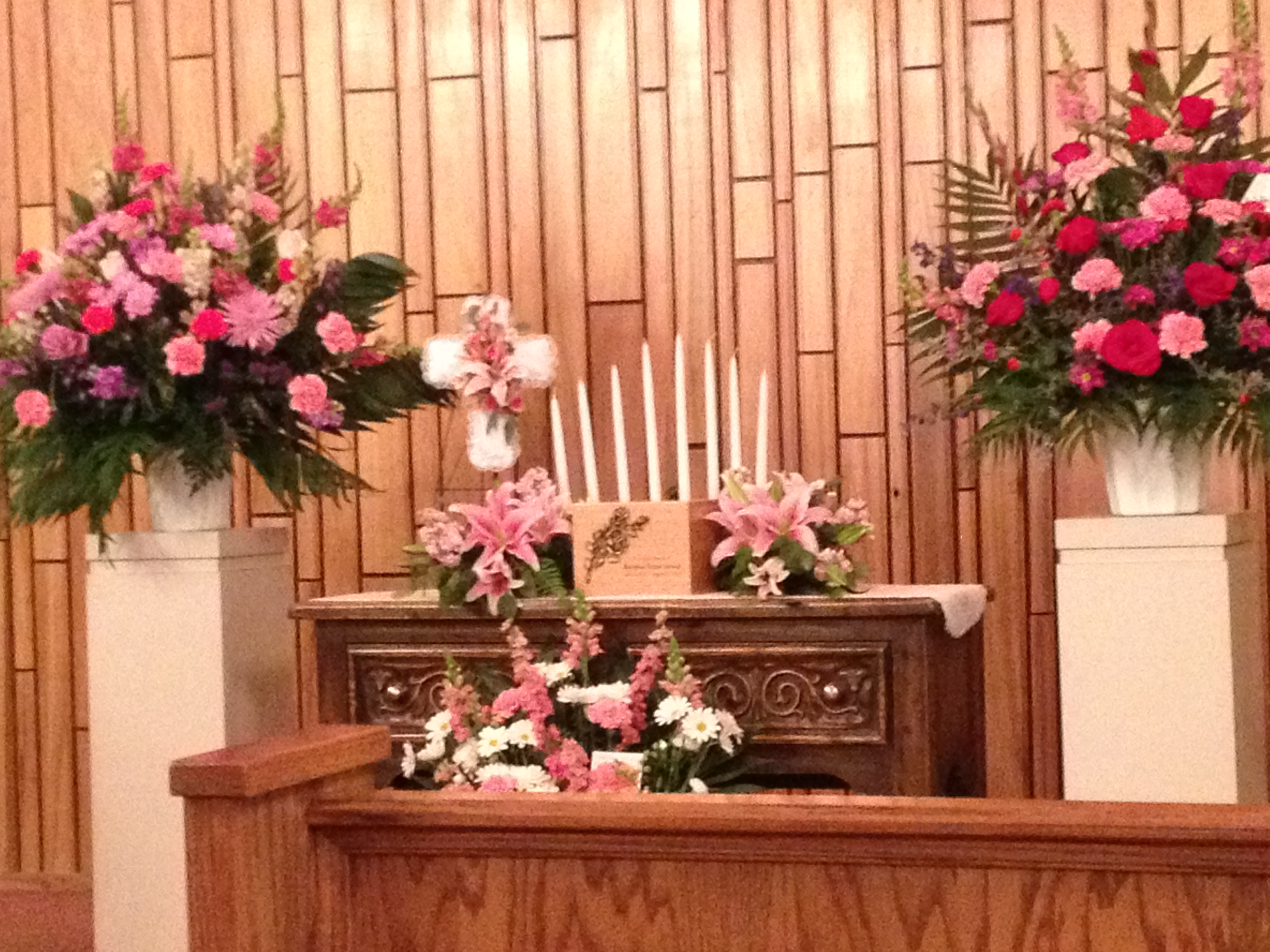 Bernice greer seventh day adventist celebration a good goodbye bernice greer urn and flowers izmirmasajfo