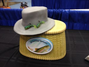 Foreverence Fishing Hat and Basket