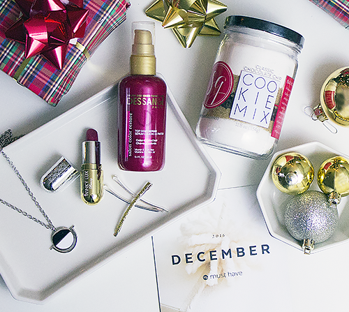 Unwrapping the December POPSUGAR Must Have Box + Coupon