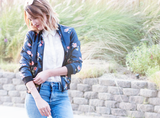 Fall Style: Floral Bomber Jacket with High-Waist Jeans