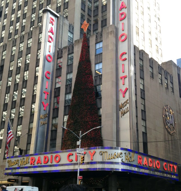 Radio City Christmas Spectacular NYC, A Good Hue