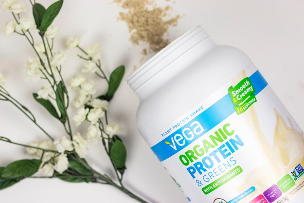 Top 5 Supplements for Staying Balanced: Vega Organic Protein & Greens Protein Powder | A Good Hue