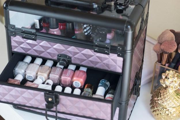 Joligrace Makeup and Nail Polish Train Case   A Good Hue