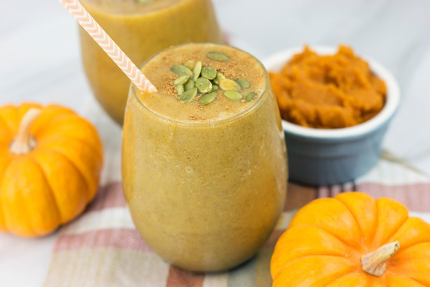 Pumpkin Spice Smoothie - healthy, protein-packed, naturally sweetened, vegan option available | A Good Hue
