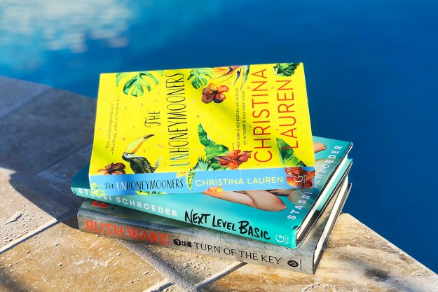 Labor Day Weekend Reading List | A Good Hue