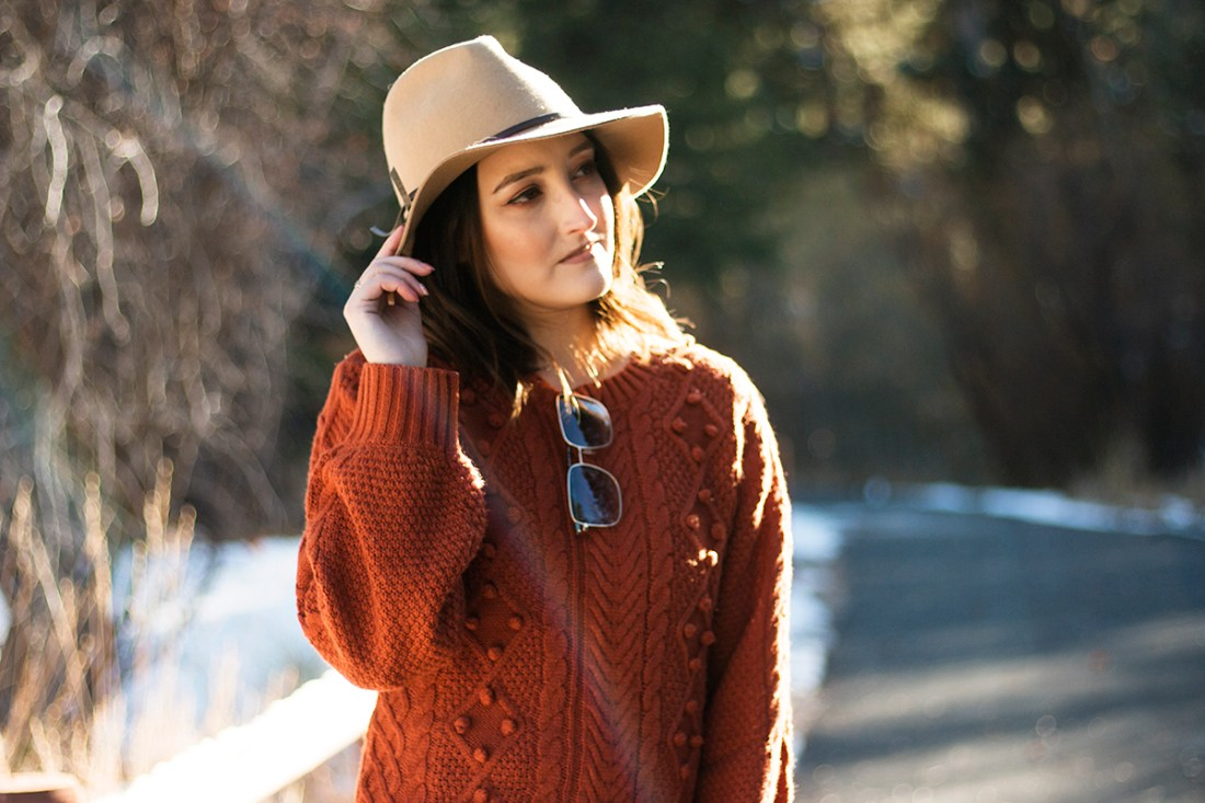 Fall Outfit: JustFab Pom Pom Sweater | A Good Hue