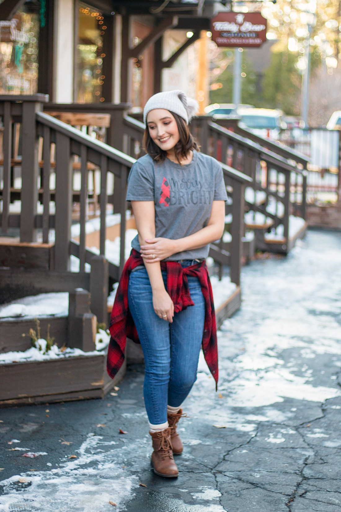 Christmas Graphic T-Shirt | A Good Hue