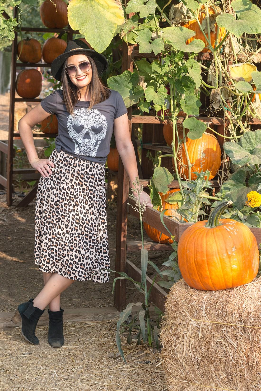 Pumpkin Patch Fall Outfit | A Good Hue