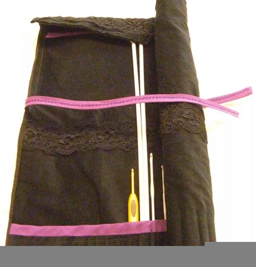 pochette dentelle et velours noir