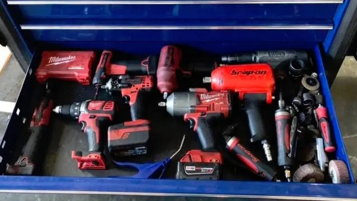 Milwaukee VS  Snap On: Why Milwaukee's Cordless Tools Beat