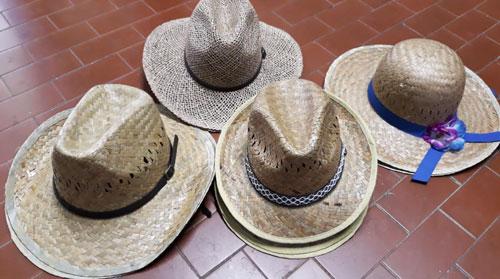 Cappelli in paglia da giardinaggio - Certaldo