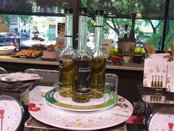 Aceite de oliva en cristal