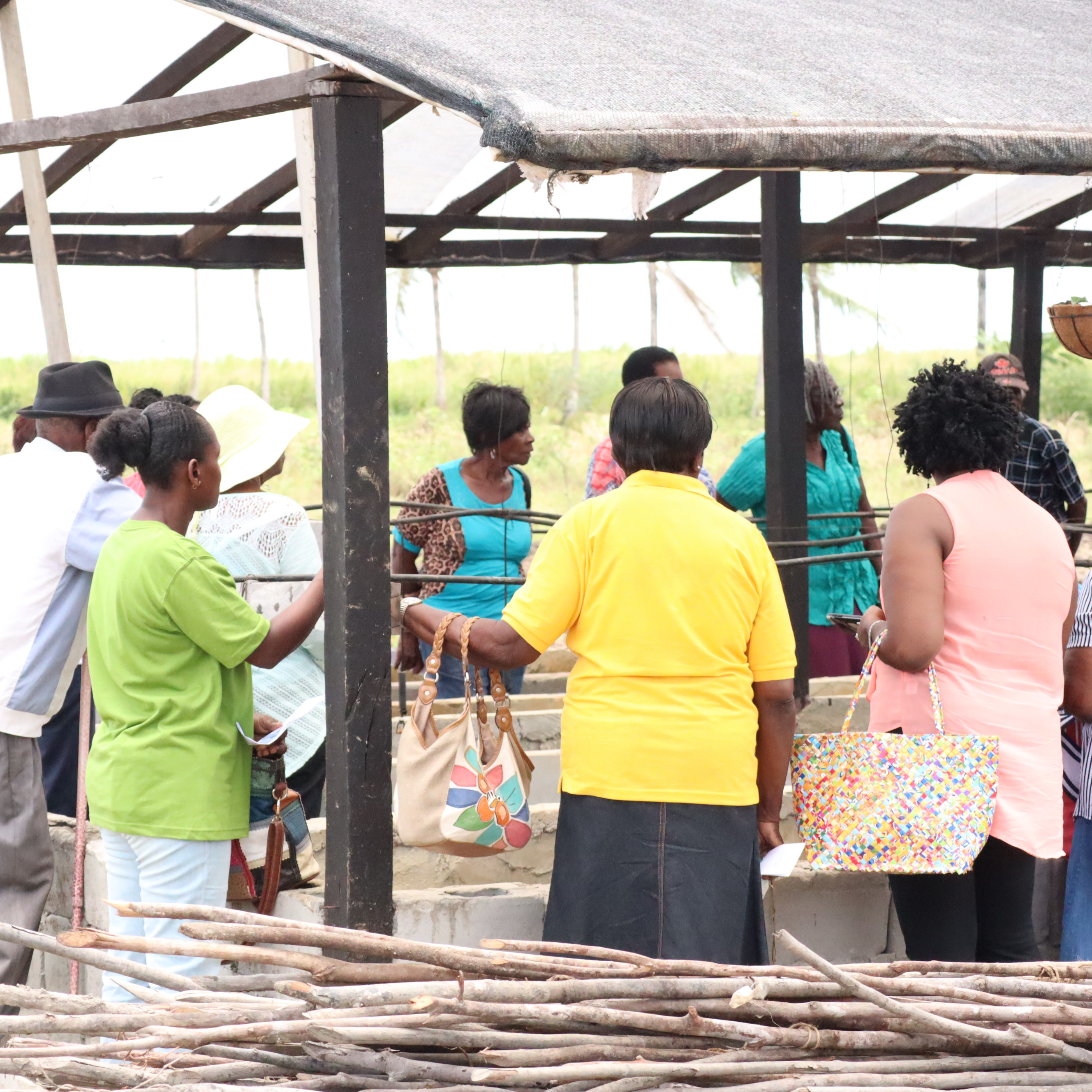Some of the participants during a demonstration at GSA's shadehouse