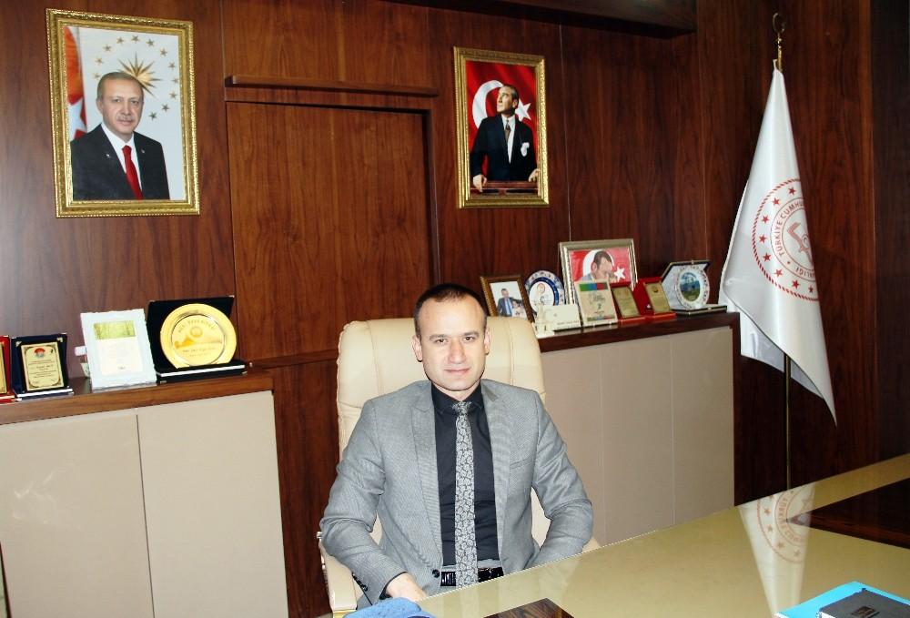Ağrı Milli Eğitim Müdürü Tekin'in 30 Ağustos Zafer Bayramı mesajı