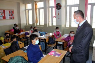 Ağrı Milli Eğitim Müdürü Kökrek'in ilçe ziyaretleri