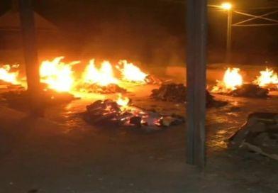Prayagraj: गंगा का जलस्तर बढ़ने से बाहर आए 10 और शवों का जलाकर किया गया अंतिम संस्कार, अब तक 350 लाशें हुईं बरामद