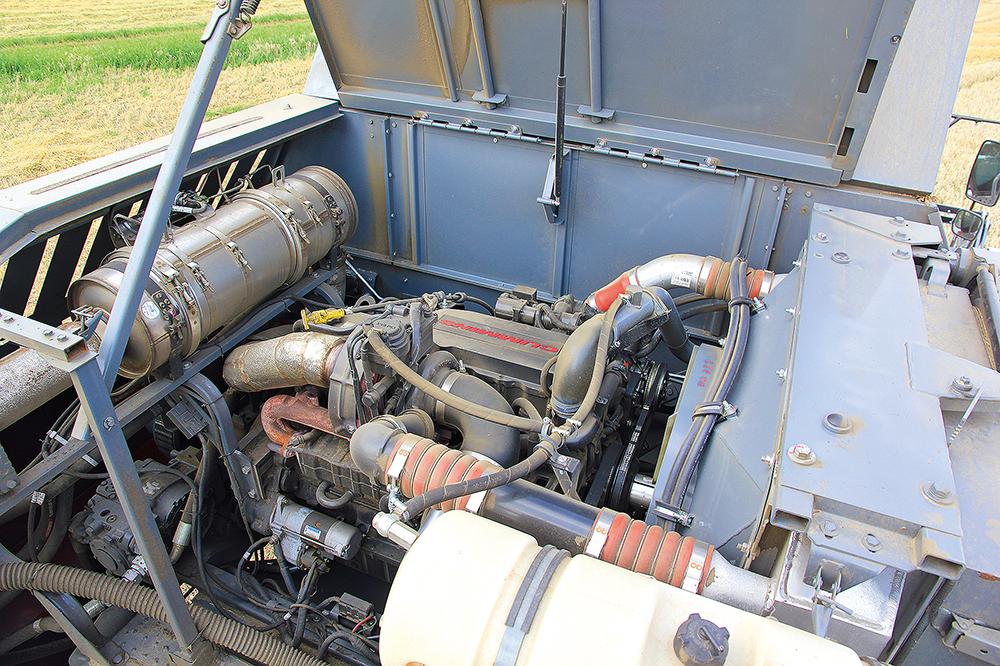 Rostselmash Vector 420 - Kleine maaidorser met grote trommel - Agri Trader (13)