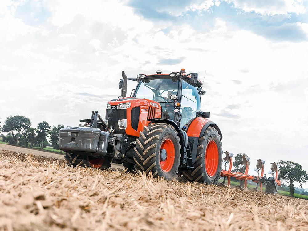 Kubota voert de druk op - M7002 - Test Jaarboek Agri Trader (24)