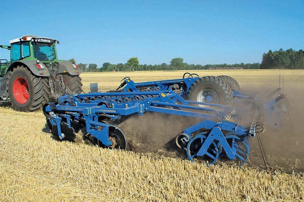 HE-VA Disc-Roller XL contour - Deense pionier - Agri Trader Test Jaarboek (23)