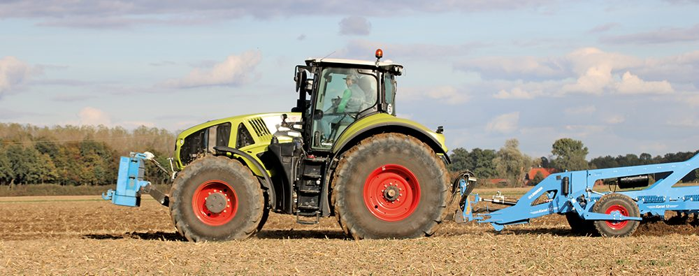 Lemken Karat cultivator - vierbalks zwaargewicht - Agri Trader Test Jaarboek (9)
