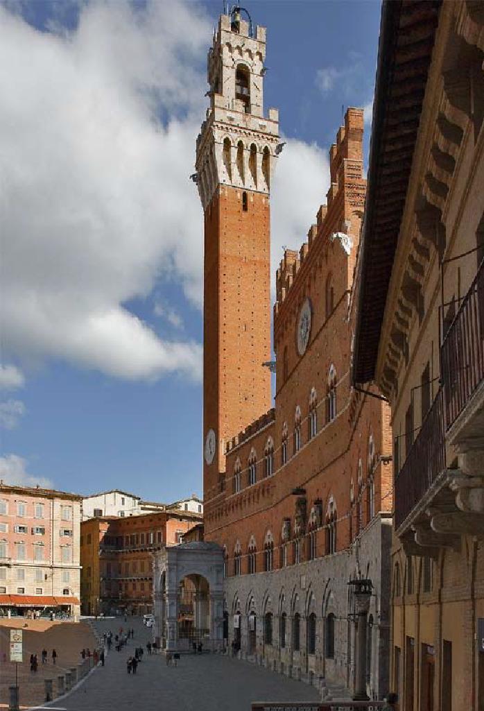 Siena  La torre del Mangia  Der Mangia Turm  ToskanAmore Blog vom Agriturismo I Pitti