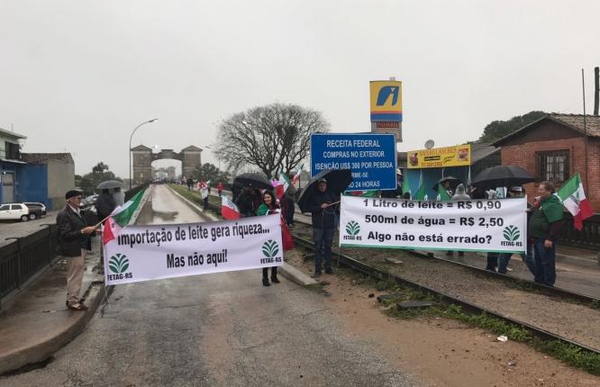 a _ protesto leite rs 24