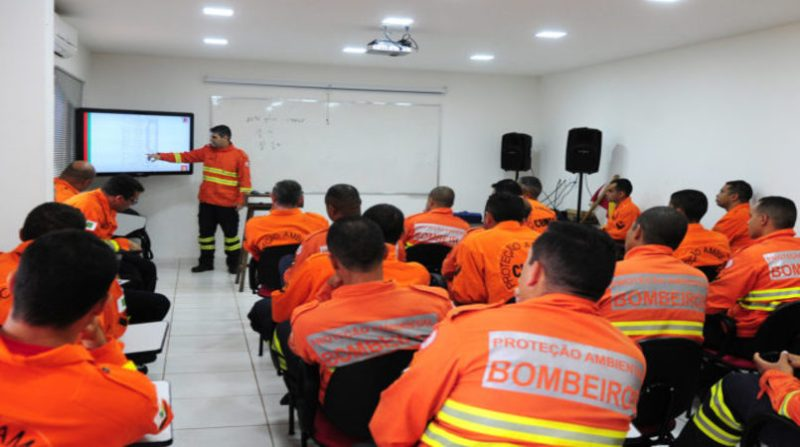 bombeiros treinamento