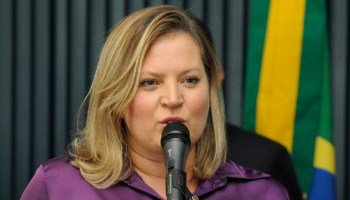 Brasil Verde E Amarelo Deputada Joice Hasselmann Apoia Ato Pelas Reformas Agroemdia