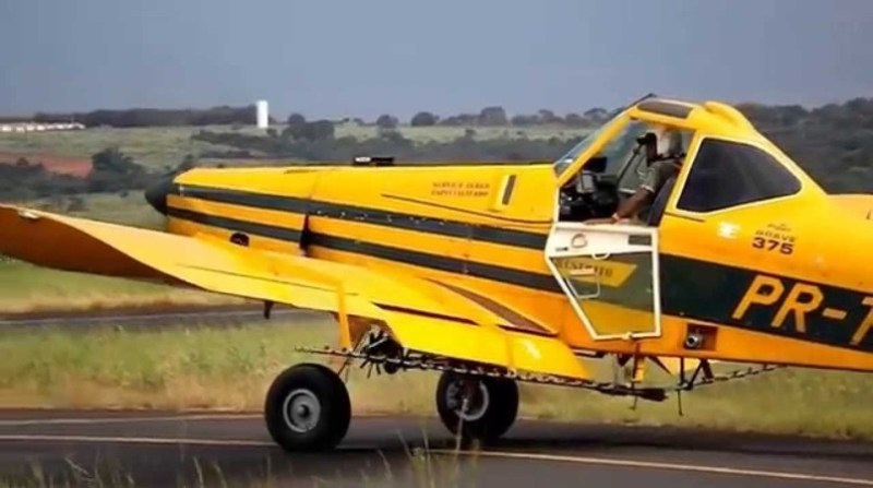 aviao agricola youtube