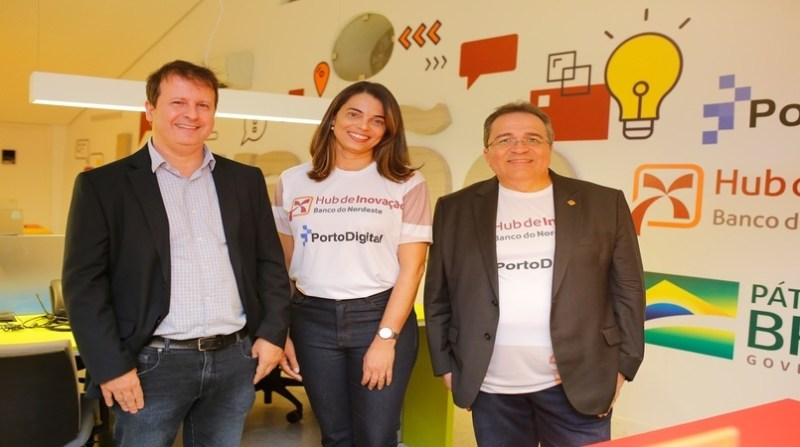 Presidente do Porto Digital, Pierre Lucena, gerente do hub de inovação, Ana Paula Machado, e presidente do BNB, Romildo Rolim 0