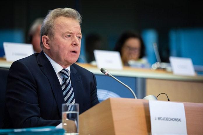 Janusz Wojciechowski,  komisarz Unii Europejskiej ds. rolnictwa.